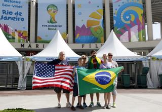 Zaczyna się Mundial, więc... lotnisko w Rio strajkuje