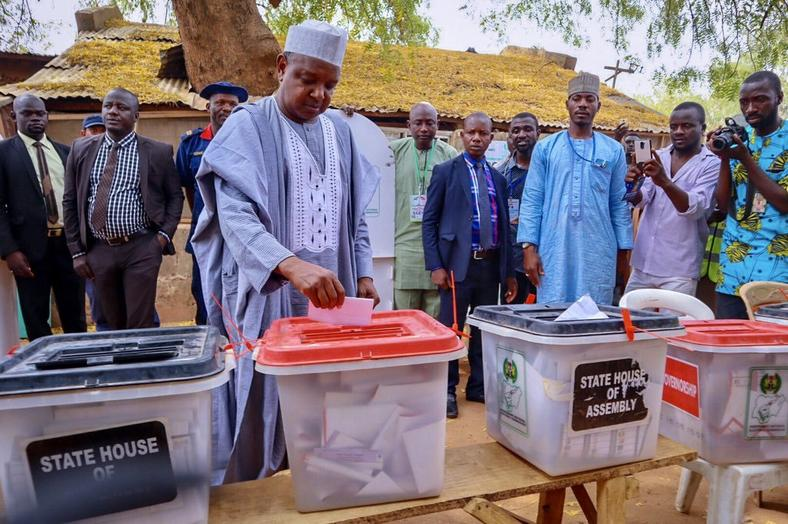 Governor Abubakar Atiku Bagudu casts his vote