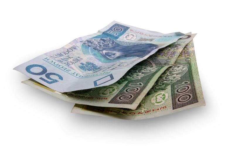 Polacy bardzo chętnie zaciągają krótkoterminowe kredyty konsumpcyjne, aktywnie korzystają z kart kredytowych.