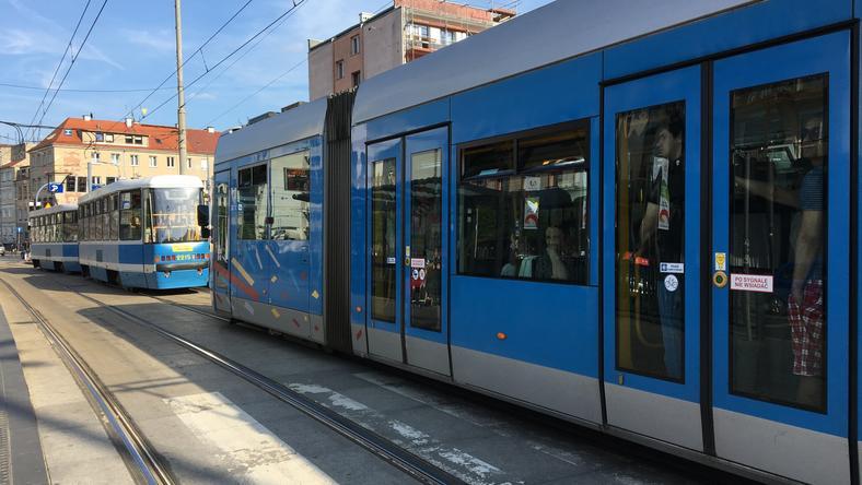 Częstsze kursy tramwajów i autobusów to nie jedyna zmiana