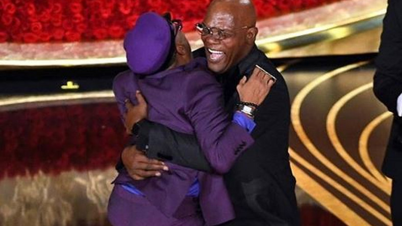 The moment Spike Lee jumped on Samuel L. Jackson during the awards night [PULSE]