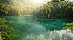 Mich Kemeter przeszedł po linie 250 m nad Grüner See w Austrii - nowy rekord waterliningu