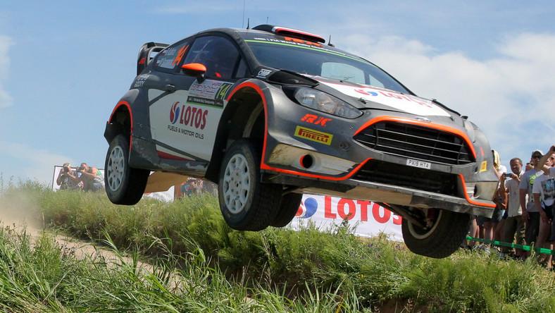 Polacy Robert Kubica i Maciej Szczepaniak (Ford Fiesta WRC) na trasie odcinka specjalnego Paprotki trzeciego dnia 72. Rajdu Polski, siódmej rundy Rajdowych Mistrzostw Świata FIA