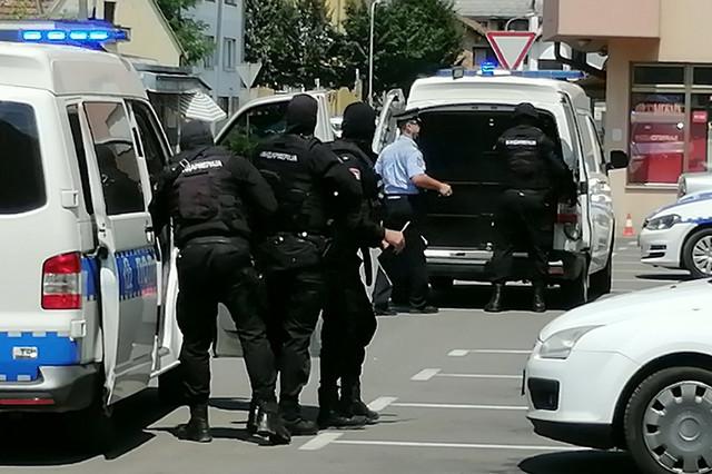 Hapšenje Borkovića nakon okončane talačke krize
