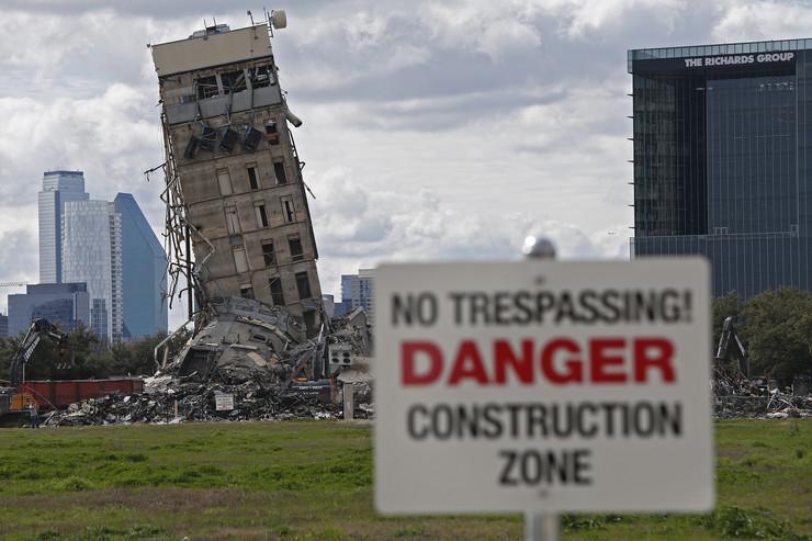 Zgrada koja je preživela rušenje hit u Dalasu