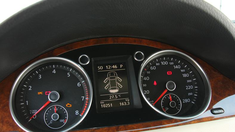 Instytut TUV, czyli niemiecki Urząd Dozoru Technicznego, opublikował ranking używanych samochodów na 2014 rok. Najnowszy raport powstał po inspekcjach 8 milionów pojazdów, dokonanych w Niemczech między lipcem 2012 roku a czerwcem 2013 roku. Przypominamy, że w trakcie kontroli specjaliści TUV wychwytują wszystkie problemy, które pośrednio lub bezpośrednio zagrażają bezpieczeństwu ruchu drogowego.