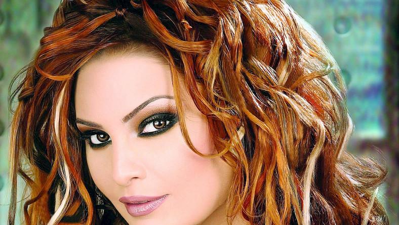 Suzanne Tamim była w krajach arabskich wielką gwiazdą. Słynęła z niezwykłego głosu i wielkiej urody, a została brutalnie zabita w lipcu 2008 roku w swoim domu w Dubaju –oprawca zadał jej kilkanaście ran nożem i podciął gardło. Było to morderstwo na zlecenie ex-kochanka 30-latki.