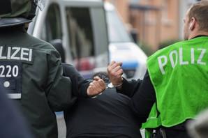 DRAMA U BAVARSKOJ Muškarac naoružan nožem držao ženu za TAOCA u psihijatrijskoj bolnici
