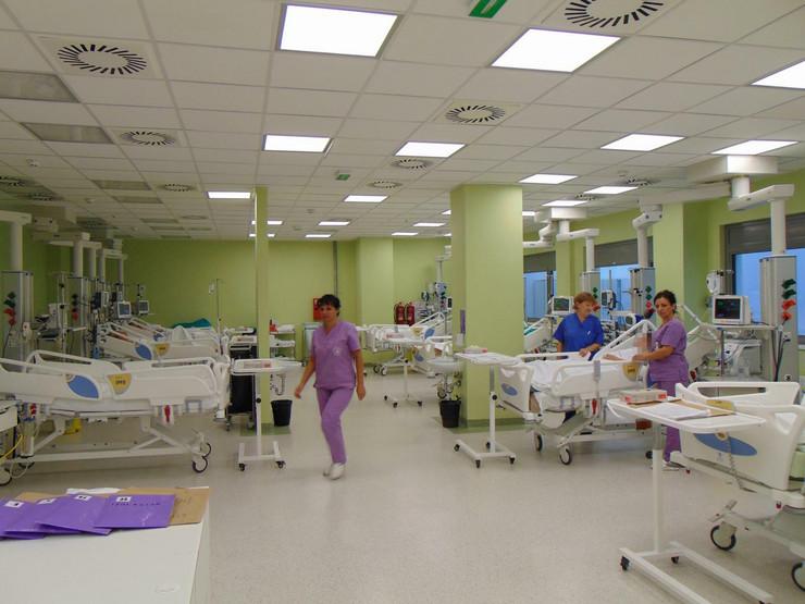 NIS04 Jedna od soba intenzivne nege Klinike za anesteziju i intenzivnu terapiju foto Branko Janackovic_preview