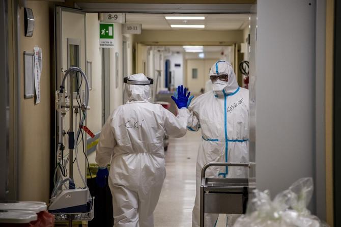 Studija zaključuje da crevni mikrobiom može da bude uključen u to koliko će ozbiljan oblik korona virusa razviti pacijent
