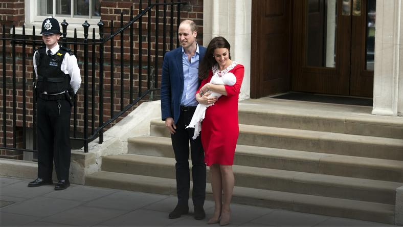 epa06687573 - BRITAIN ROYAL BABY (Duchess of Cambridge gives birth to baby boy)