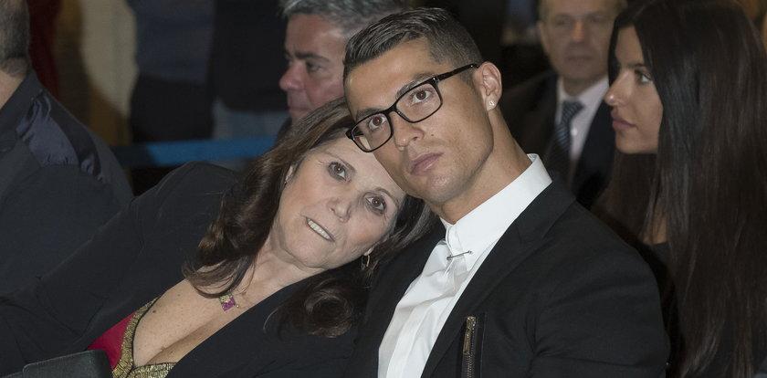Mama Cristiano Ronaldo w szpitalu. Piłkarz dziękuje za wsparcie