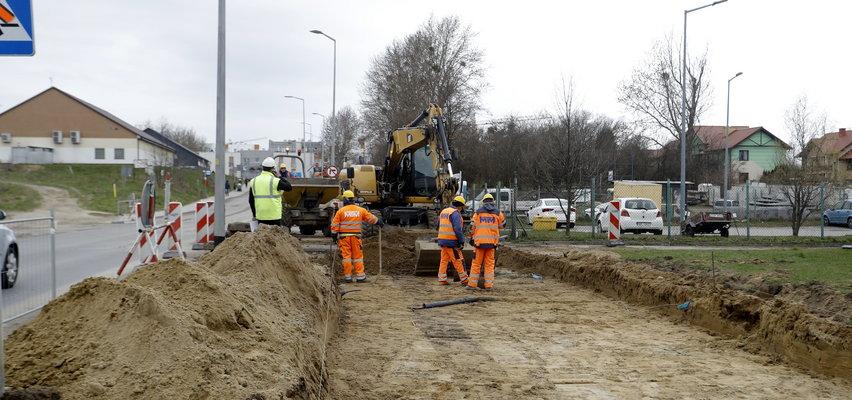 Ruszyła budowa nowej linii tramwajowej. Kierowcy, uważajcie na utrudnienia na Piotrkowskiej!