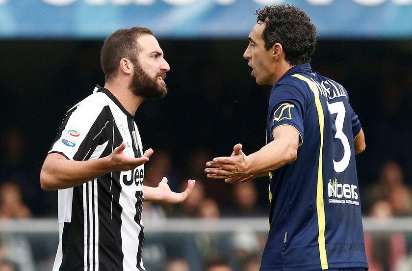 Gonzalo Higuain boi się o własne życie. Piłkarz otrzymuje pogróżki od kibiców