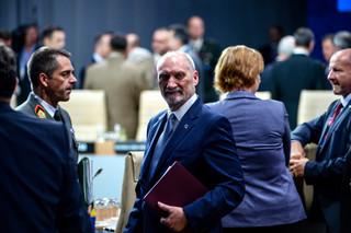 Macierewicz: Polska wychodzi ze szczytu NATO z rzeczywistymi możliwościami obrony i odstraszania