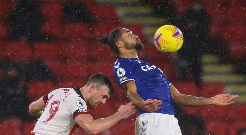 Calvert-Lewin gives Everton a boost