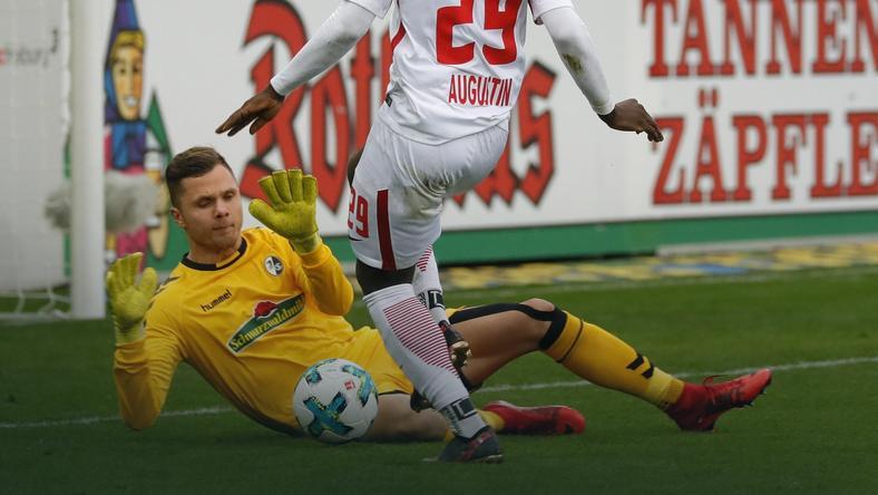 Rafał Gikiewicz w meczu z RB Lipsk