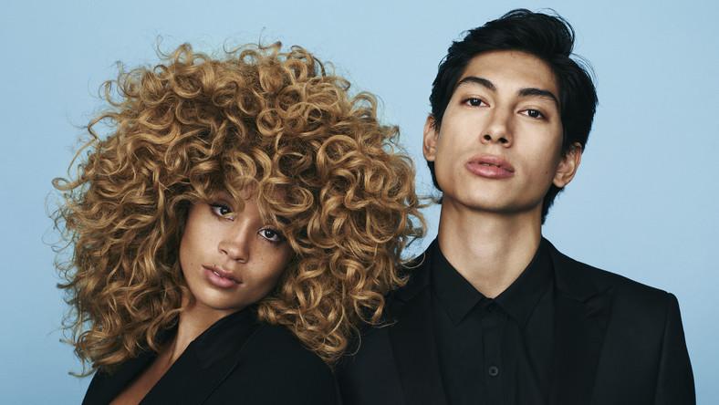"""Na pewno warto zwrócić uwagę na nowojorski duet Lion Babe. Właśnie wydali debiut """"Begin"""", coś dla fanów neosoulu. Duet tworzą producent Lukas Goodman oraz wokalistka Jillian Hervey (córka Vanessy Williams). Przy pracy nad """"Begin"""" pomógł im sam Pharrell Williams. W soulowym sosie Lion Babe maczają R&B, hip-hop, trip hop i elektronikę. Nie wszystkie numery są tu najwyższej próby, ale kilka przykuwa uwagę na dłużej, jak chociażby """"Jump Hi"""" z udziałem Childisha Gambino."""