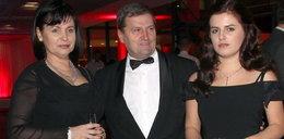 Tadeusz Wrona z rodziną na salonach