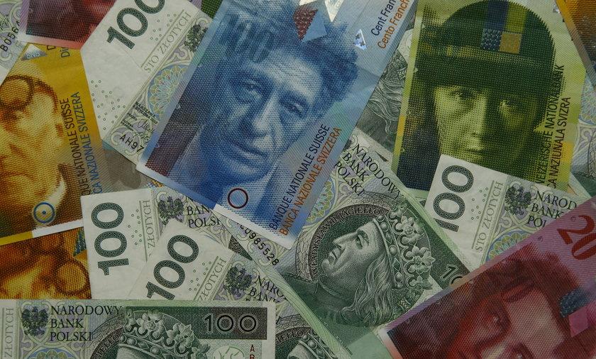 Na chwilę obecną w sądach toczy się ponad 50 tysięcy spraw frankowych.