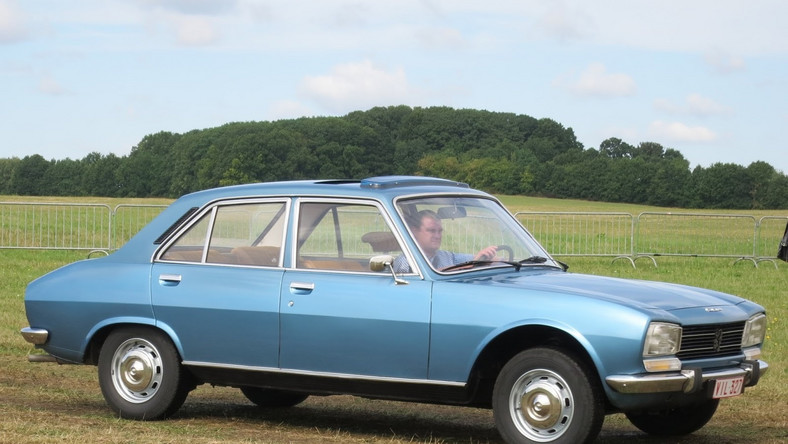 Peugeot 504 This was Nigeria's official car in the 80s and
