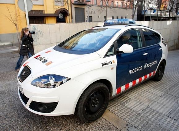 Španska policija pretresla stanove osumnjičenih i zaplenila više motornih vozila