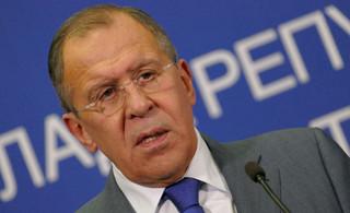 Ławrow: Rosja wzywa Armenię i Azerbejdżan do przerwania ognia