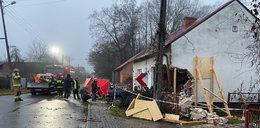 Tragedia pod Namysłowem. 37-latek wjechał w dom