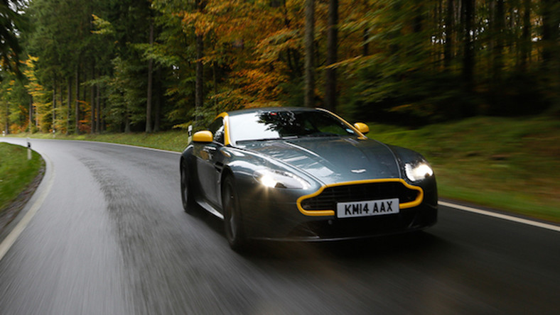 Aston Martin Vantage N430 - Sir muscle car