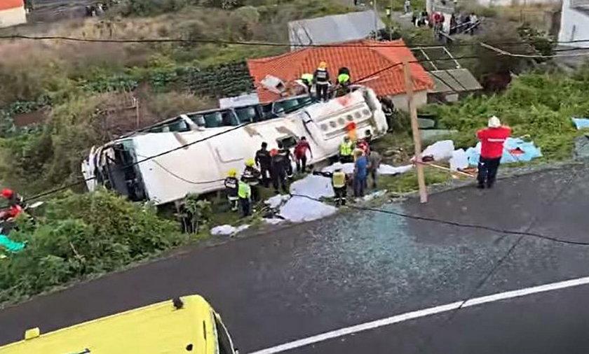 Wypadek autobusu pełnego turystów na Maderze
