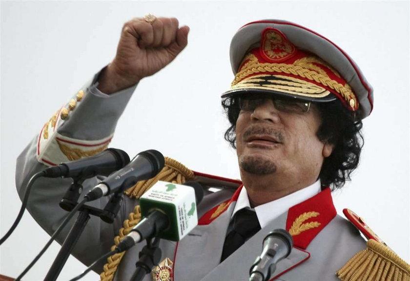 Złapali Kaddafiego! Zmarł od ran zadanych w walce
