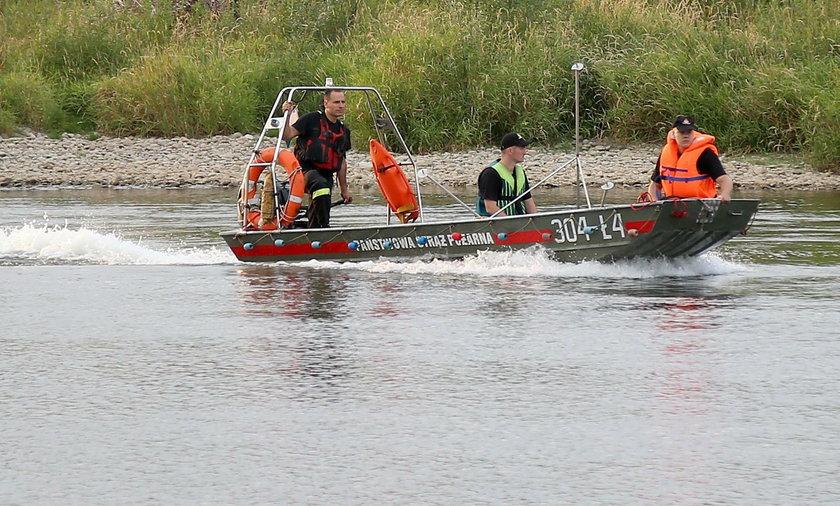 53-latka wpadła do Wisły. Trwają poszukiwania