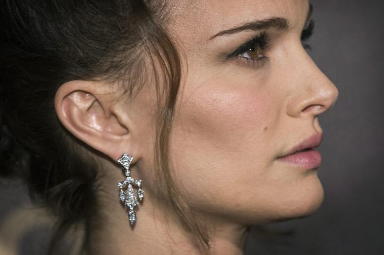 """Natalie Portman na paryskiej premierze """"Jane Got a Gun"""""""