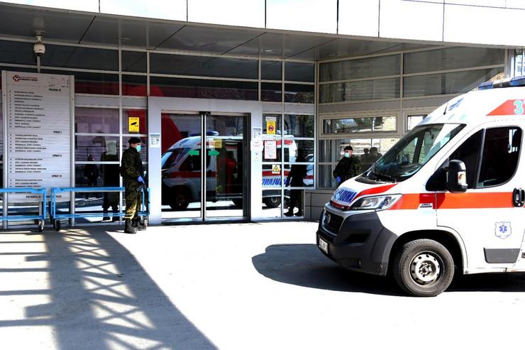 Od 13 pacijenata koji se nalaze u KC Vojvodine troje je u teškom stanju