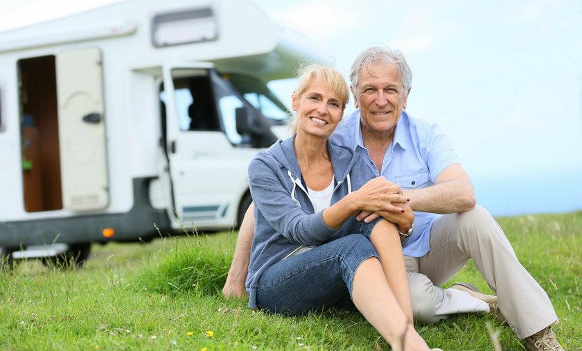 Bon turystyczny dla seniorów to propozycja bonu 500 zł do wydania na usługi turystyczno-hotelarskie.