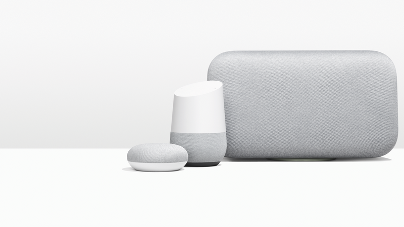 Google Home w trzech różnych rozmiarach