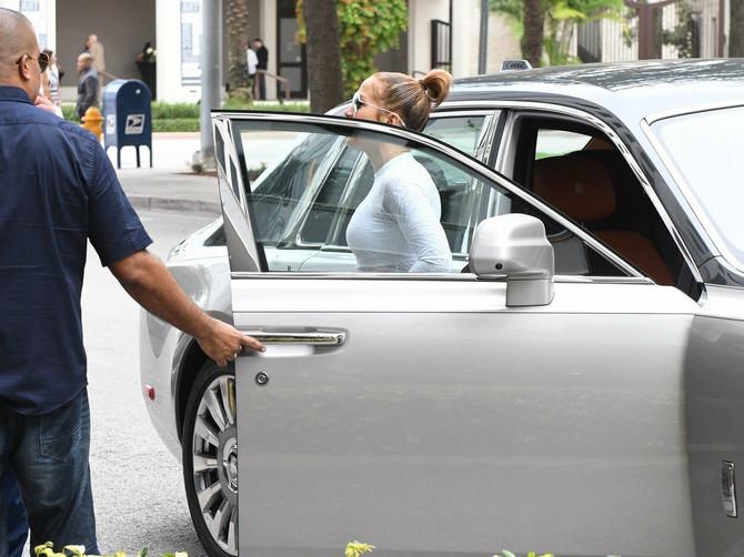 Dženifer Lopez u teretanu ide OVAKVA: Odabrala je NAJGORE MOGUĆE helanke, a čekajte da joj vidite TORBU