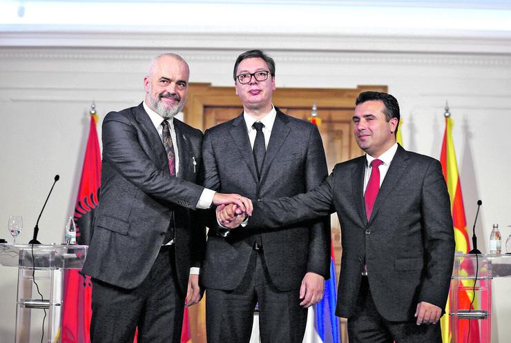 Aleksandar Vučič, Rama i Zaev