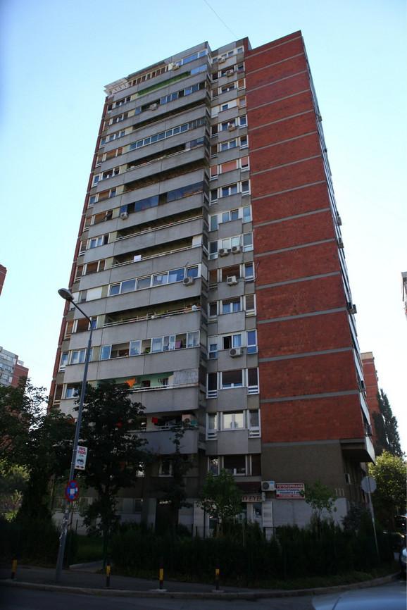 Zgrada sa najlepšim ulazom