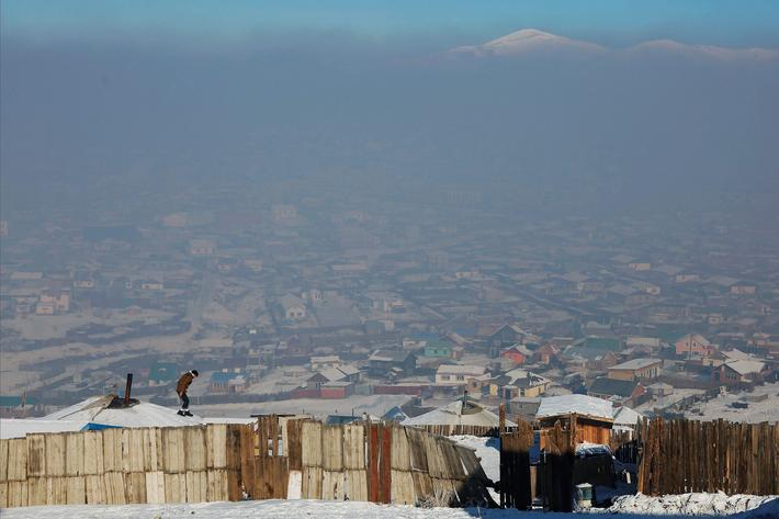 The Wider Image: Mongolias toxic smog