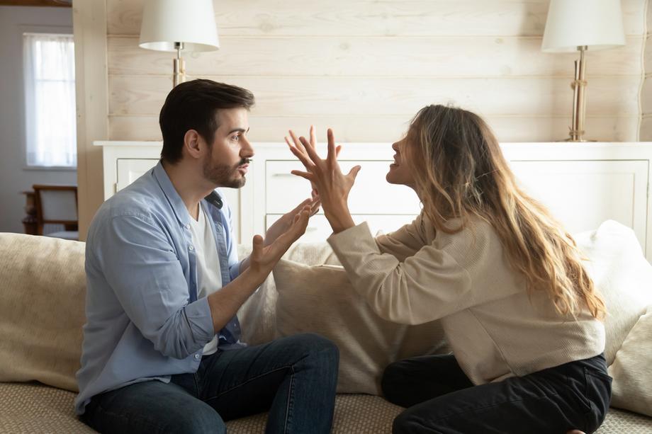 П'ять найбільш надокучливих чоловічих форм поведінки