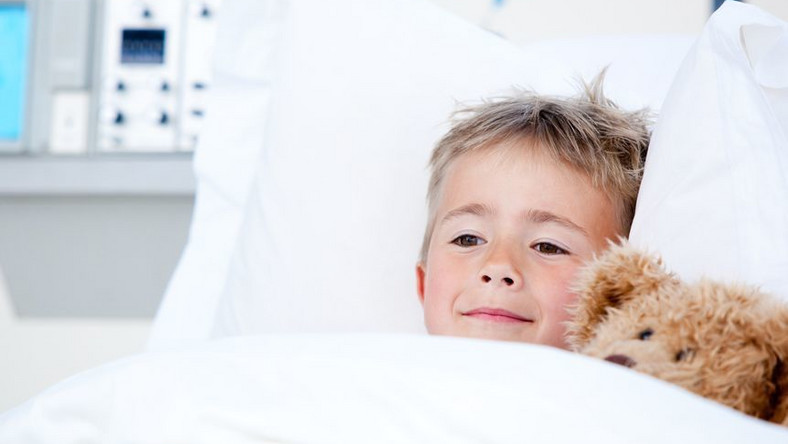 Mały pacjent w szpitalu
