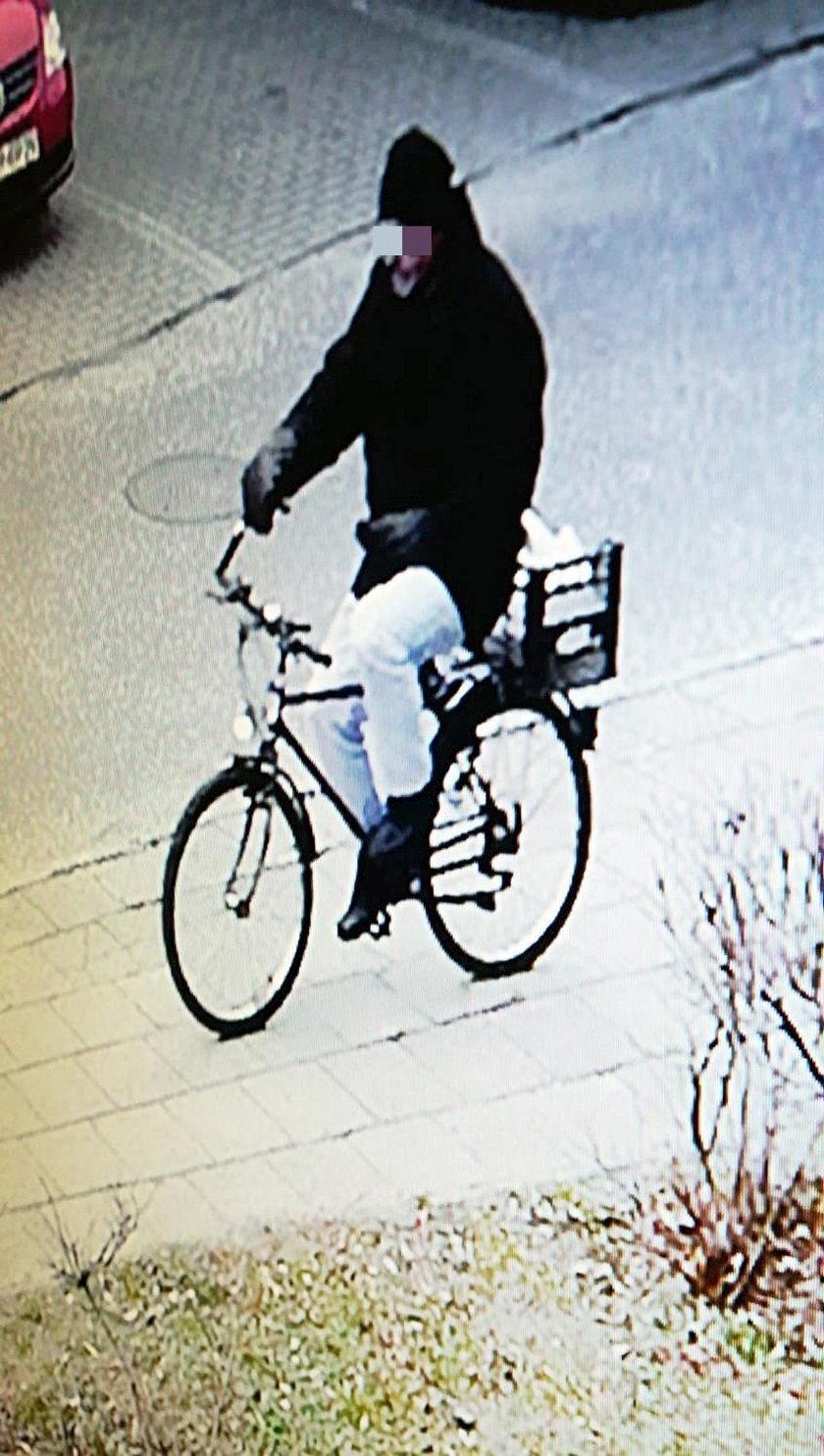 Jeździ na rowerze i morduje
