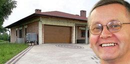 Poseł PO spłacił dom w 3 lata. A Ty?