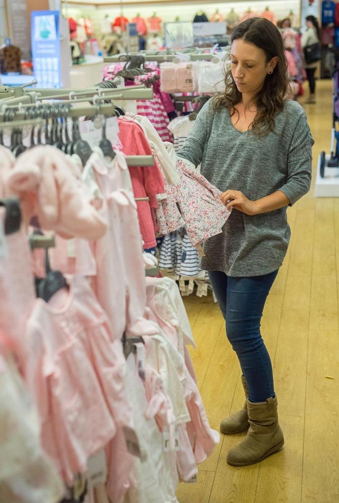 Kada je ugledala u prodaji ove pantalonice za tromesečne devojčice - ostala je u šoku!