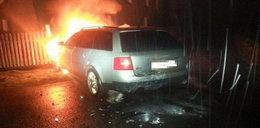 Uciekał tak, że auto stanęło w płomieniach