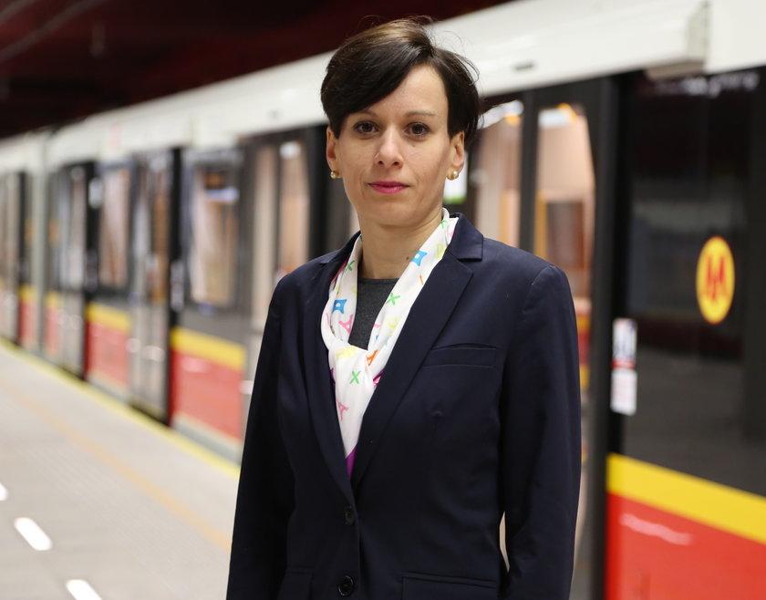 Anna Bartoń, Metro Warszawskie