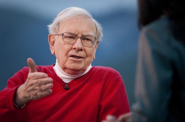 Warren Buffett idzie pod prąd