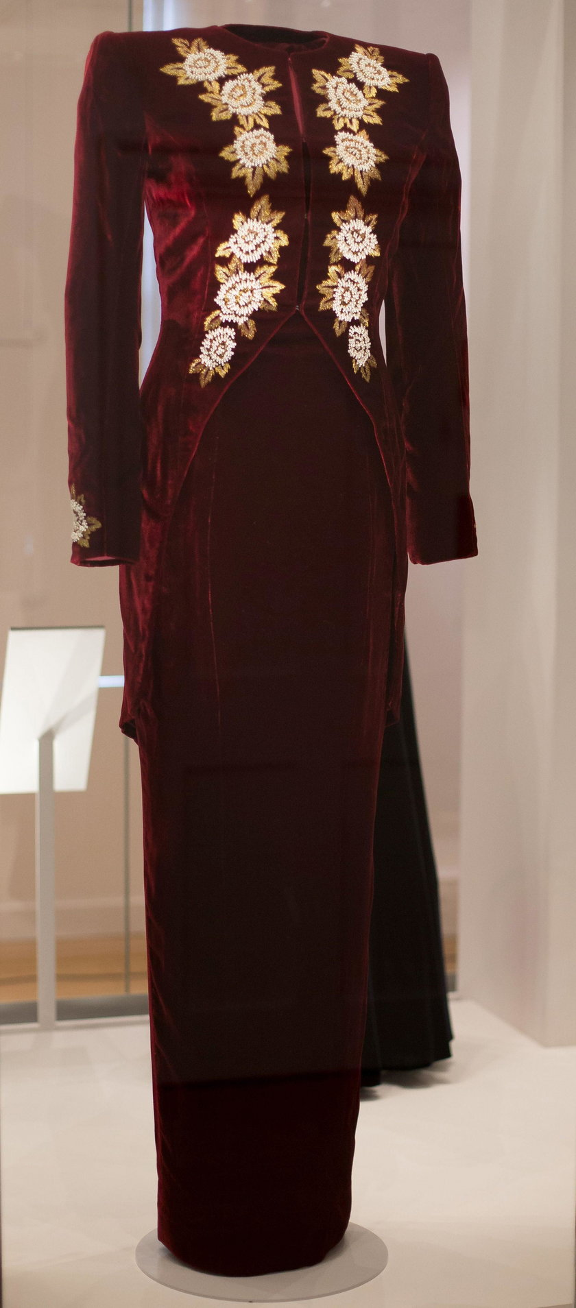 Podejrzyj garderobę księżnej Diany. Ale cudeńka!