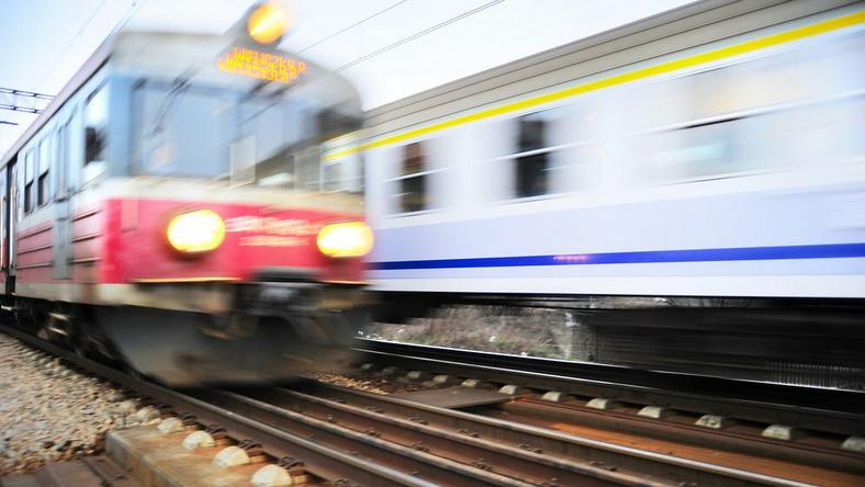 Ponad 965 mln zł przeznaczono na modernizację pięciu linii kolejowych